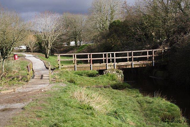 Footbridge and Path, Penrose Park