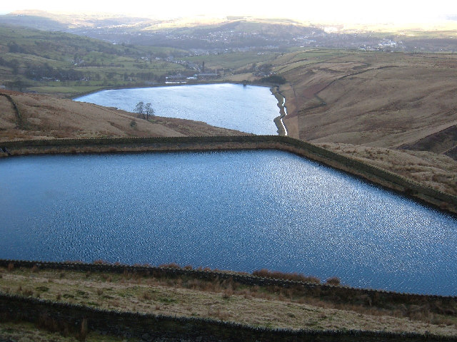 Cragg High Level Tank, Cowpe Moss