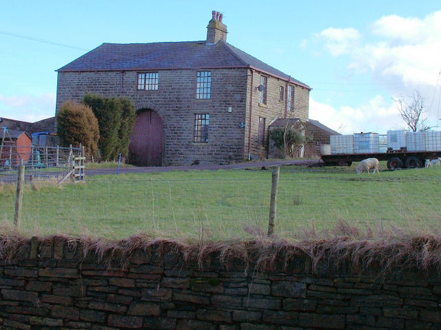 Farmhouse in Love Clough