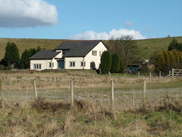 House behind the dam of Mitchell's House Reservoir