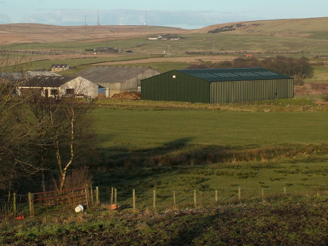 Farm Buildings near Rising Bridge