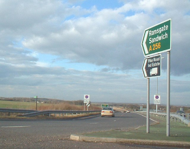 A2 / A256 junction