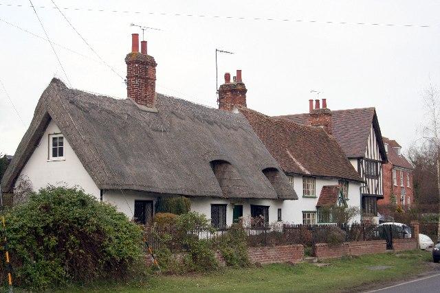Thatched cottage in Wicken Bonhunt