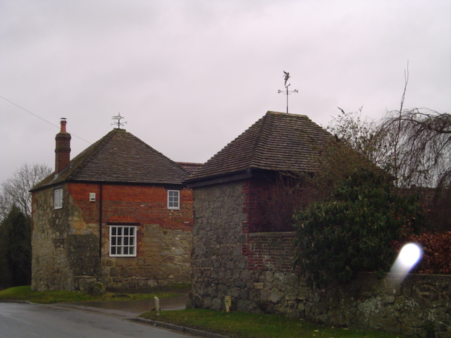 Twin weather vanes at Eastcott