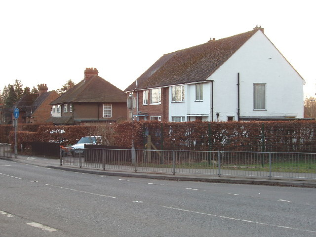 Houses on Chenies Road, Chorleywood