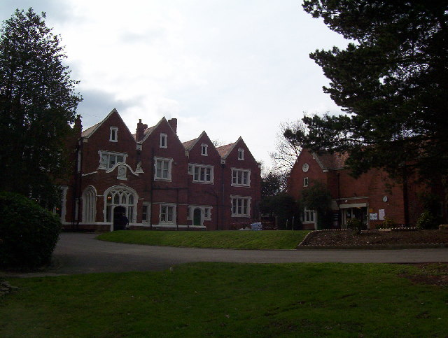 Nether Court (Finchley Golf Club)