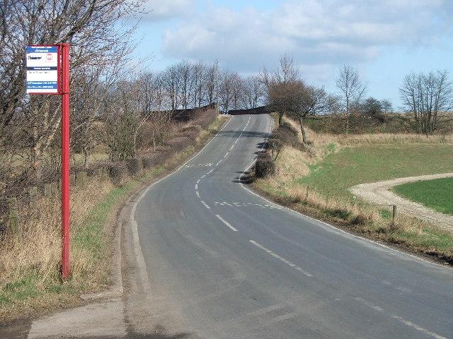 Road between Santingley Grange and Crofton.