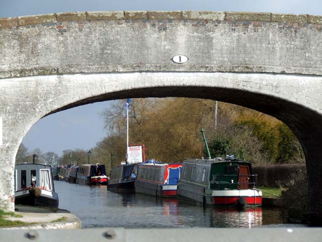 Narrowboats at Barbridge junction