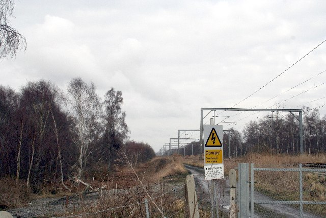 Railway at Queenies crossing around Holme