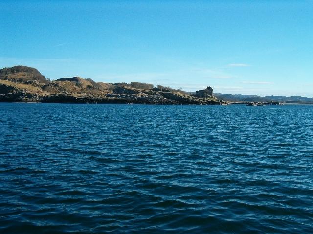Rubha na Moine from Loch Crinan