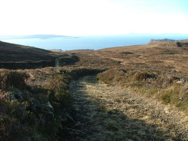 Loch Mor Track