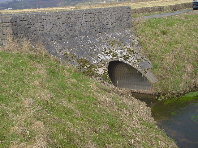 Bridge over Drainage Dyke