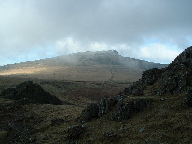 The path up Y Garn