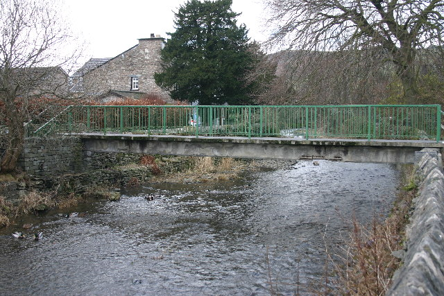 Footbridge over River Gowan
