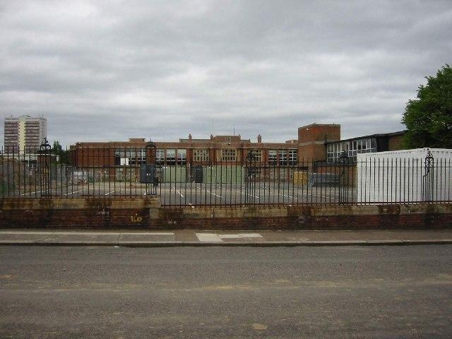 Heaton Manor (formerly Heaton Grammar) School