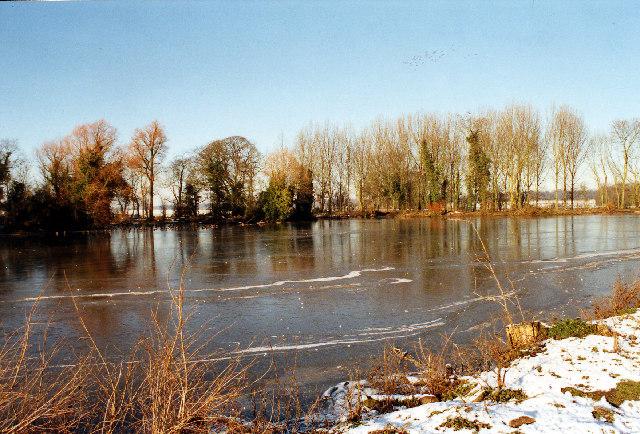A lake in Gopsall Park, near Congerstone, Leics