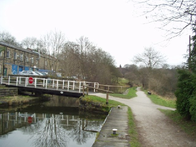 Swing bridge on the Leeds and Liverpool Canal, Rodley, Leeds