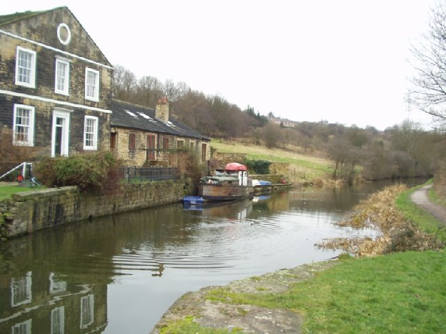 Whitecote House, Leeds and Liverpool Canal, Whitecote, Leeds