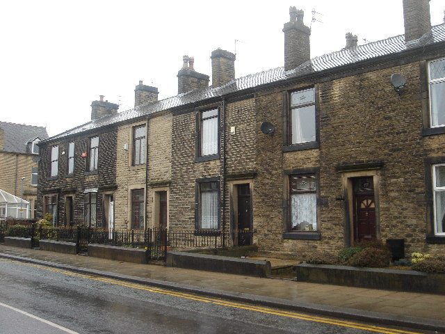 Stone terraced houses with gardens margaret clough for Season 2 terrace house