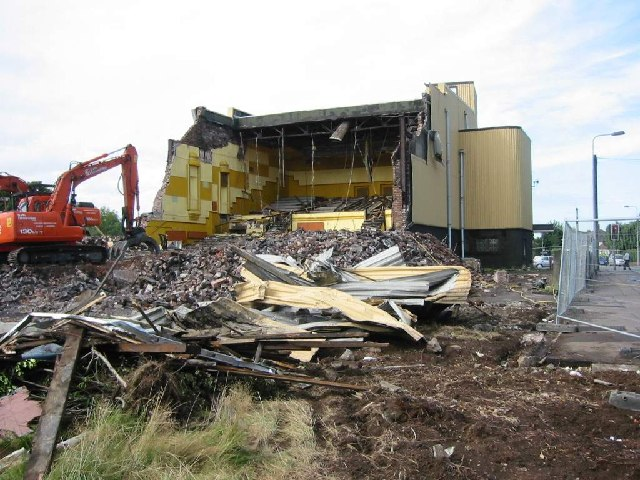 Demolition of the Monico Cinema on the corner of Pantbach Road and Tywern Road