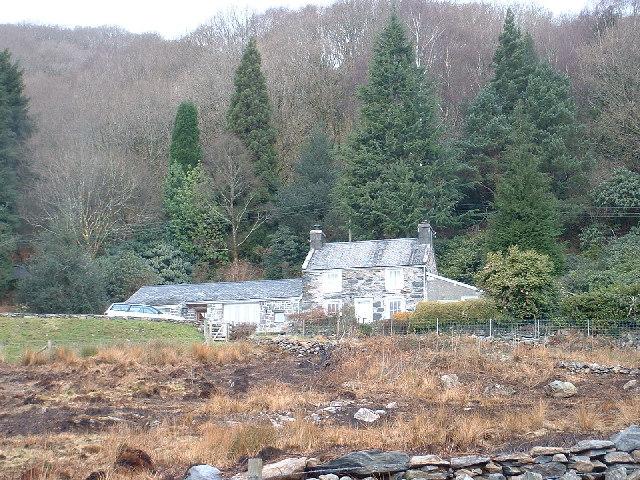 Cerrig-y-rhwydwr near Prenteg