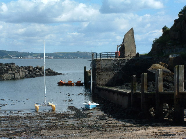 Inchcolm Harbour