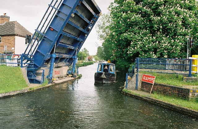 Aldermaston Lift Bridge