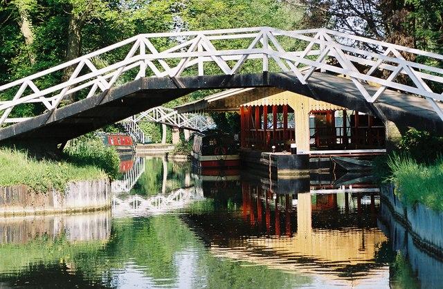 Below Greenham Lock