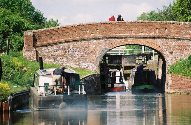 Enborne Bridge and Guyer's Lock