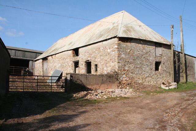 Clayhidon: barn at Gladhayes Farm
