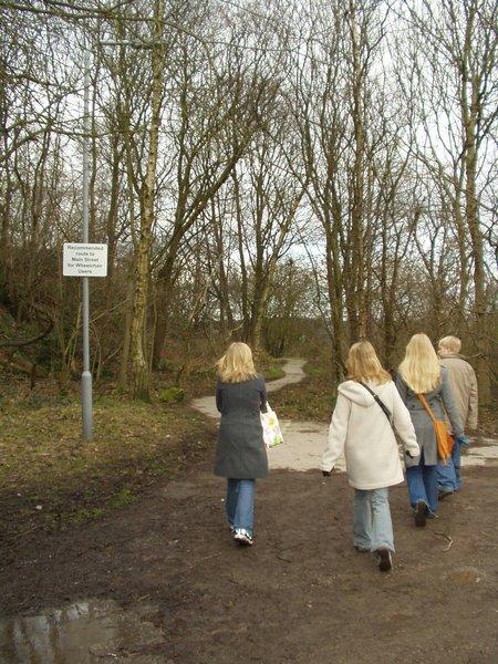 Path through Jaggers Quarry car park, Haworth