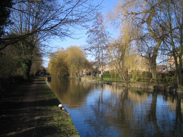 Grand Union Canal: Nash Mills