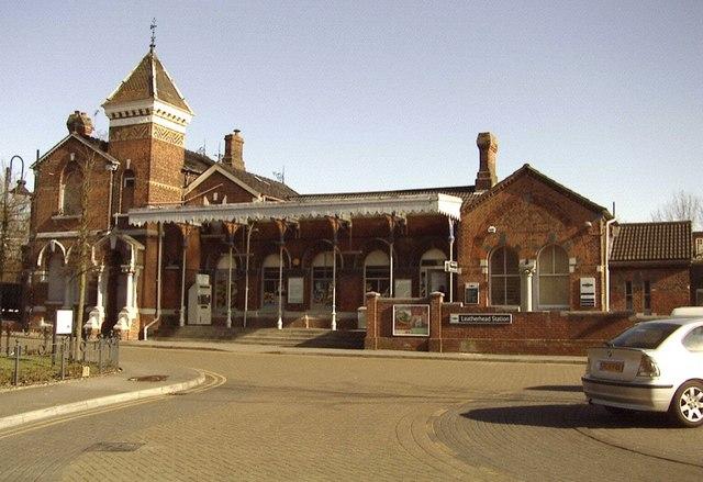 Leatherhead railway station