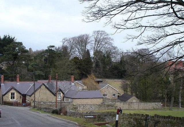 Llanasa village