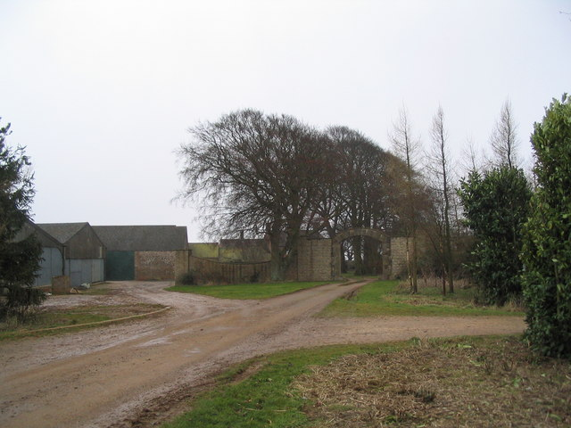 Entrance to Park Farm, Ridlington