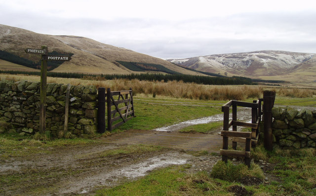 Footpath at foot of Moorfoot Hills