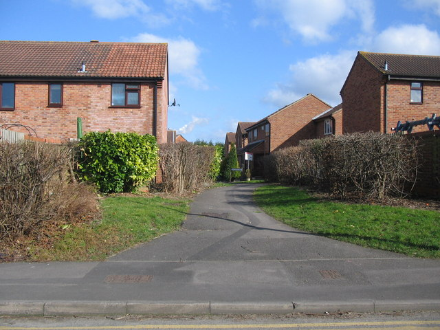 Footpath to Wiltshire Way