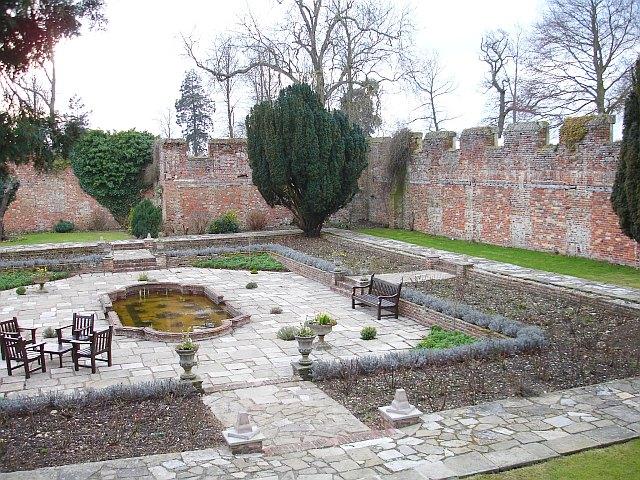 Walled garden, Eastwell Manor
