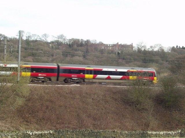 Train near Apperley Bridge Junction
