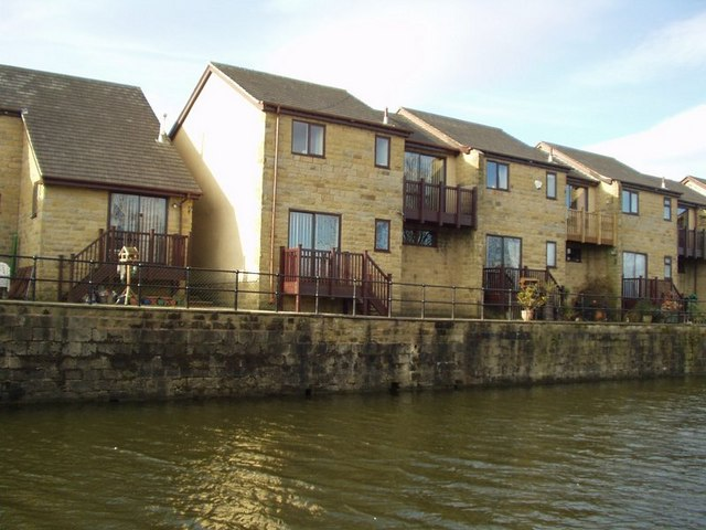 Airedale Wharf, Rodley