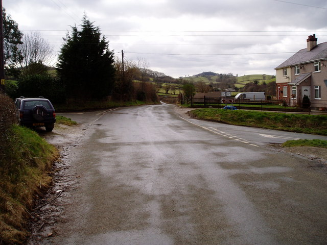 Crossroads at Rhydymeudwy