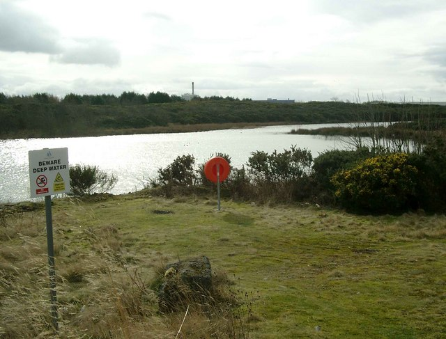 Flooded sand quarry at Meadowhead