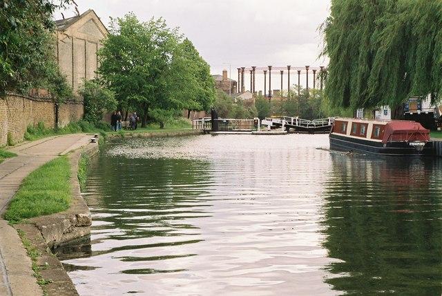 Regent's Canal above St Pancras Lock