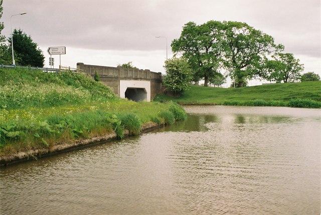 Shropshire Union Canal - Wardle Farm Bridge