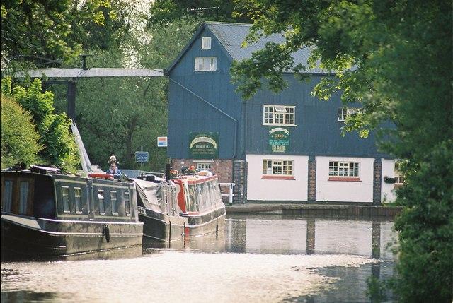 Llangollen Canal - Wrenbury Wharf