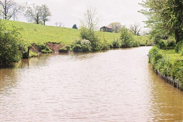 Llangollen Canal north of Platt Lane