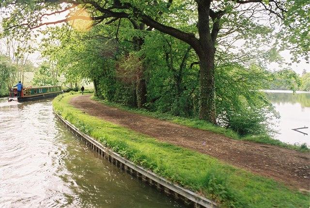 Llangollen Canal rounding Blake Mere