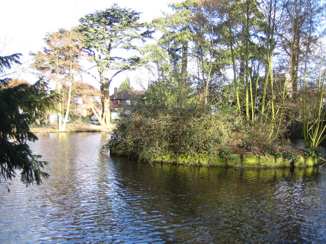 Bushey Heath: Warren Lake