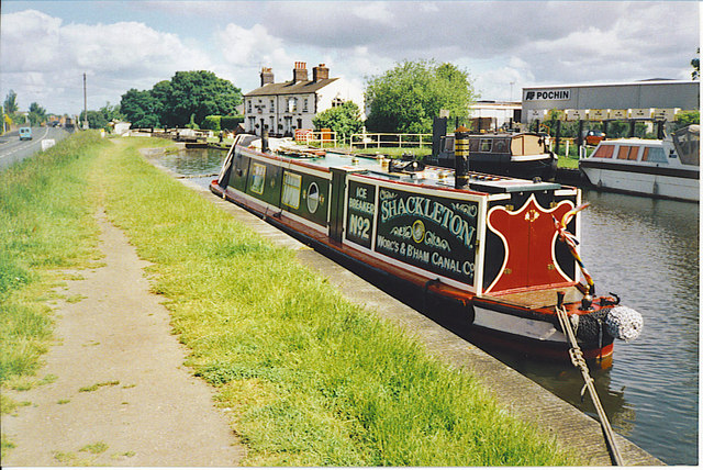 Narrowboat Moored near Middlewich.