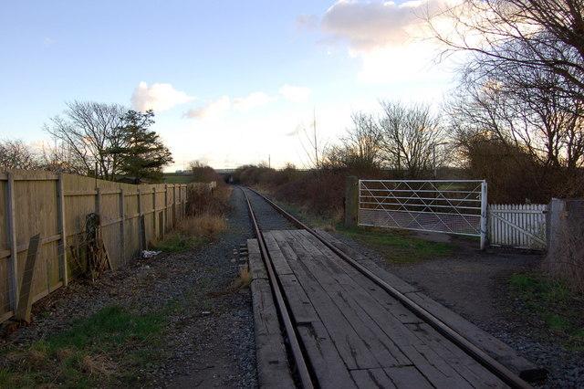 Tarngate Crossing